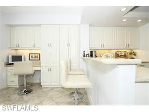 Naples Real Estate - MLS#215039564 Photo 9