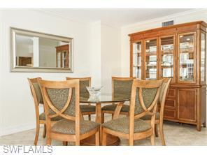 Naples Real Estate - MLS#215039564 Photo 10