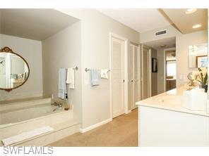 Naples Real Estate - MLS#215039564 Photo 21