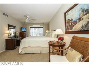 Naples Real Estate - MLS#215039564 Photo 20