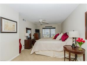 Naples Real Estate - MLS#215039564 Photo 18