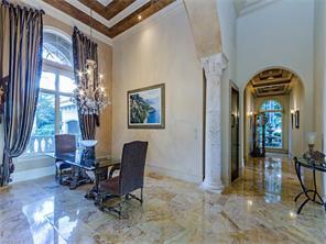 Naples Real Estate - MLS#216017264 Photo 17