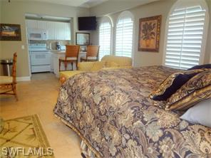 Naples Real Estate - MLS#216018764 Photo 7