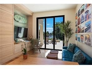 Naples Real Estate - MLS#216066064 Photo 11