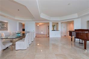 Naples Real Estate - MLS#216067665 Photo 10