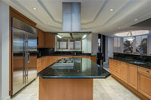 Naples Real Estate - MLS#216067665 Photo 6