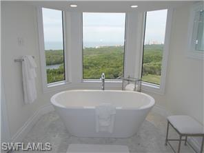 Naples Real Estate - MLS#214029666 Photo 7