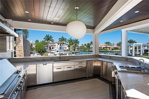 Naples Real Estate - MLS#217011766 Photo 17