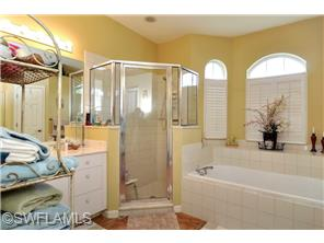 Naples Real Estate - MLS#214006967 Photo 25
