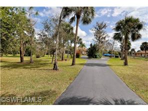 Naples Real Estate - MLS#214006967 Photo 4