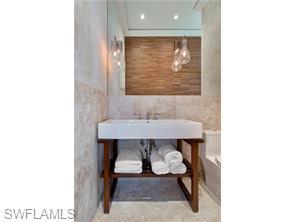 Naples Real Estate - MLS#215065267 Photo 16