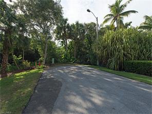Naples Real Estate - MLS#216077870 Photo 8