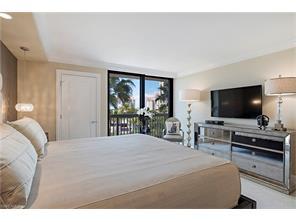 Naples Real Estate - MLS#217004870 Photo 6