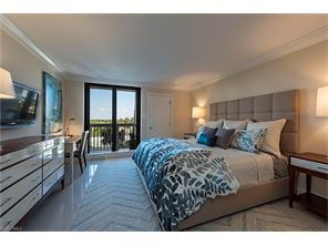 Naples Real Estate - MLS#217004870 Photo 10