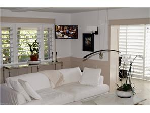 Naples Real Estate - MLS#217014270 Photo 4