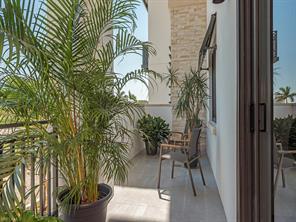 Naples Real Estate - MLS#217019870 Photo 10
