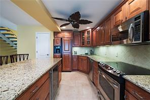 Naples Real Estate - MLS#216025471 Photo 5