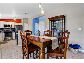 Naples Real Estate - MLS#216054071 Photo 2