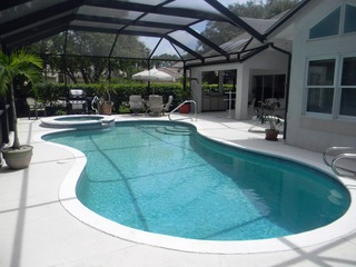 Naples Real Estate - MLS#212025172 Photo 12