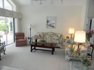 Naples Real Estate - MLS#212025172 Photo 2