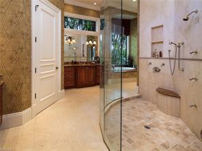 Naples Real Estate - MLS#216021672 Photo 13