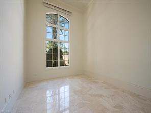 Naples Real Estate - MLS#216077572 Photo 11