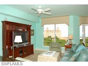 Naples Real Estate - MLS#215042873 Photo 4
