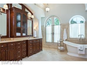 Naples Real Estate - MLS#216028073 Photo 19