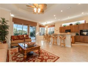 Naples Real Estate - MLS#216072373 Photo 4