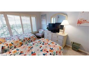 Naples Real Estate - MLS#216080373 Photo 17