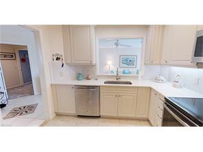 Naples Real Estate - MLS#216080373 Photo 16