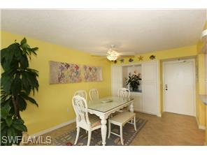Naples Real Estate - MLS#214038174 Photo 4
