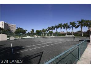 Naples Real Estate - MLS#214038174 Photo 17