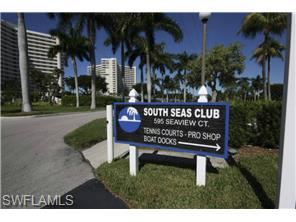 Naples Real Estate - MLS#214038174 Photo 19