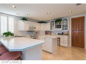 Naples Real Estate - MLS#215030274 Photo 16