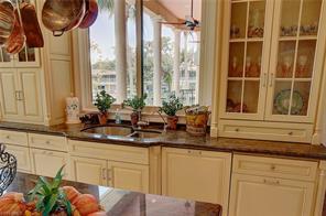 Naples Real Estate - MLS#216027075 Photo 6