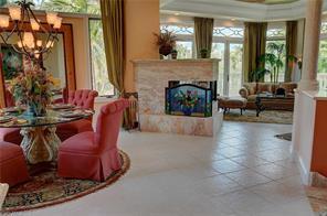 Naples Real Estate - MLS#216027075 Photo 10