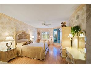 Naples Real Estate - MLS#217005576 Photo 20