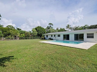Naples Real Estate - MLS#212039577 Photo 1