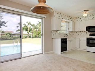 Naples Real Estate - MLS#212039577 Photo 4