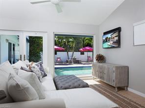 Naples Real Estate - MLS#216080077 Photo 9