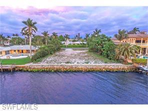 Naples Real Estate - MLS#216022578 Photo 7