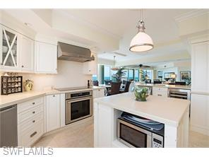 Naples Real Estate - MLS#216028678 Photo 6