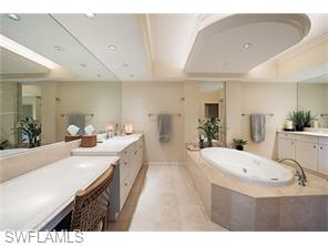 Naples Real Estate - MLS#216028678 Photo 18