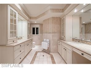 Naples Real Estate - MLS#215039079 Photo 24