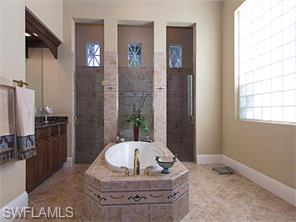 Naples Real Estate - MLS#216010579 Photo 7