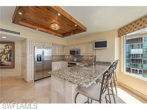 Naples Real Estate - MLS#216042579 Photo 7
