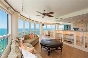 Naples Real Estate - MLS#216063779 Photo 1