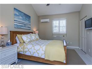 Naples Real Estate - MLS#216028580 Photo 6