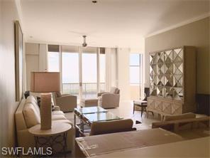 Naples Real Estate - MLS#215041881 Photo 6